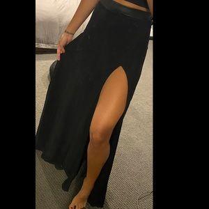 Want My Look High Slit Maxi Skirt XS